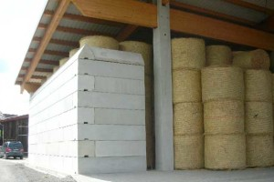 Reitplatz Lagerung Futtermittel