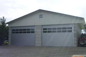 Fahrzeug-Lagerhalle erstellt mit dem schmalen BETONSTEIN von MEGABLOC